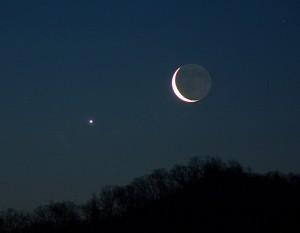 crescent moon Venus