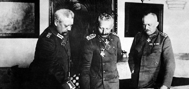 General Paul von Hindenburg, Kaiser Wilhelm II, and General Erich.