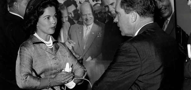 shirley-temple-black-with-Richard-Nixon