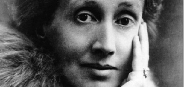 literary allusions in mrs dalloway Mrs dalloway (published on 14 may 1925) is a novel by virginia woolf that details a day in the life of clarissa dalloway woolf laid out some of her literary goals with the characters of mrs dalloway while still working on the novel.
