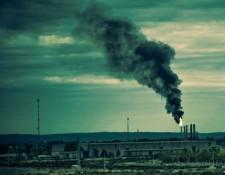 Polluting Photo: Agustin Ruiz via Creative Commons.