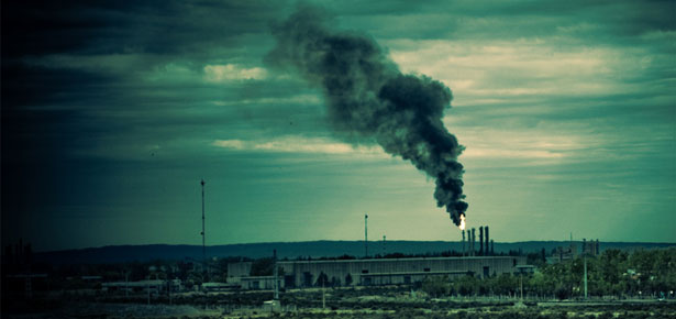 Polluting Photo: Agustin Ruiz via Creative Commons.