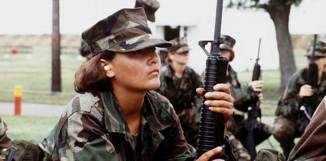 Female marine. Photo: Expert Infantry via Creative Commons.