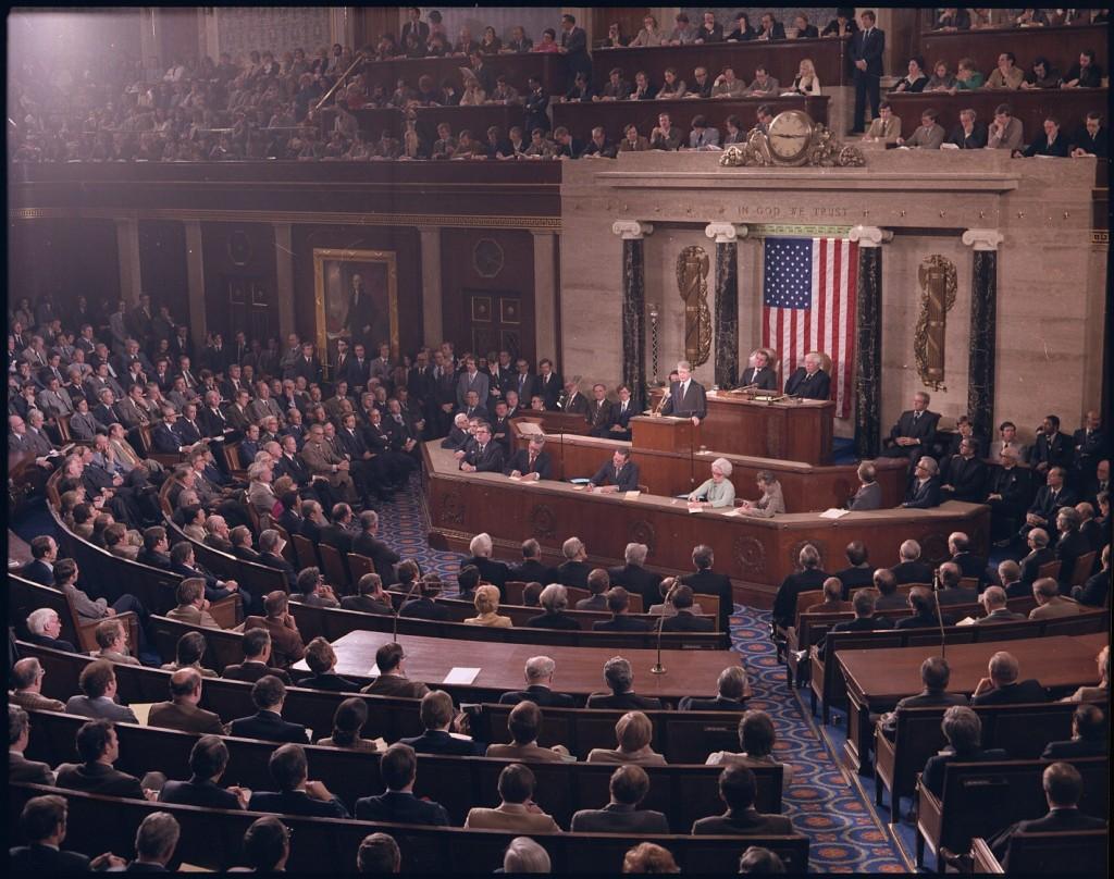 The House of Representatives, with fascio-axes.
